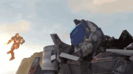 敬天柱VS钢铁侠, 你猜谁的实力更胜一筹