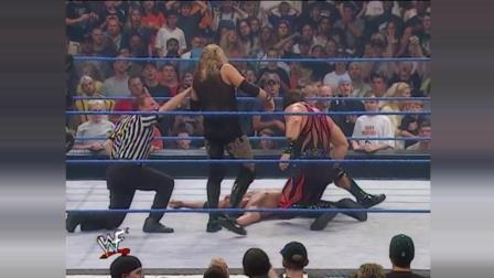 WWE: 巨石强森VS恶魔凯恩 基斯顿 一对二WWE冠军赛