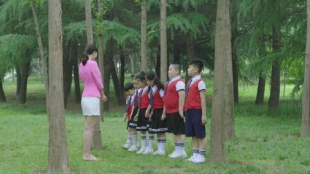 熊孩子们一堆奇葩问题把老师问懵了 小学生的老师太难当了