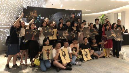 MJ 60岁钻石诞辰 全中国歌迷向迈克尔杰克逊致敬 感动千万人