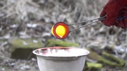 1100度铜水VS零下78度干冰, 结局会怎样  看得我怀