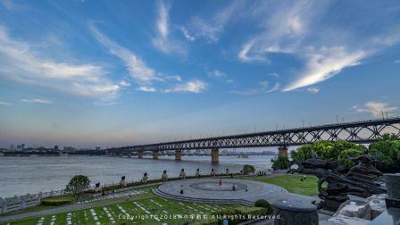 航拍武汉长江大桥,61年历史万里长江第一桥见证这座城市的蜕变!