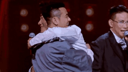 任贤齐一首《兄弟》, 一唱完突然上来了俩兄弟, 全场沸腾!