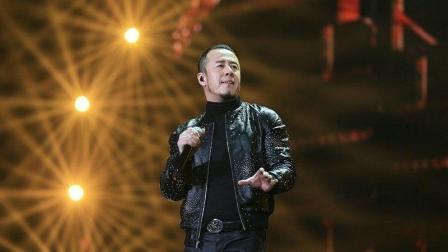 杨坤离开《中国好声音》后, 今沦为三线小明星, 都是自己作的