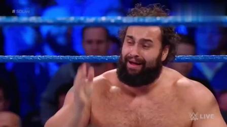 WWE: 全美冠军对战比自己大十岁摔跤运动员, 上去