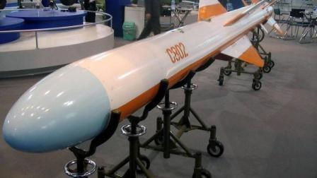 伊朗出动100艘战舰封锁海峡  白宫希望请保持冷静