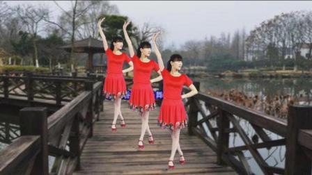 阳光广场舞《小妹甜甜甜》歌甜舞美, 好听更好看!