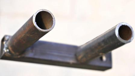 2节方向管焊接3根圆钢管, 制成一个搬运工具, 工人们用了都说好