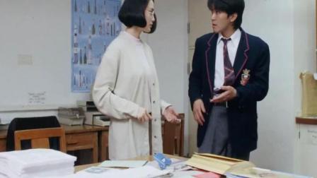 星爷和张敏在这部电影明显在秀恩爱, 多少人看出