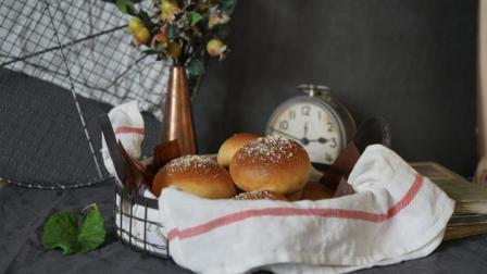 我的日常料理 第一季 超详细步骤教你制作松软香甜的蓝莓奶油芝士圆形餐包