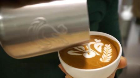 兔子图案咖啡拉花教程, 学会了就可以在咖啡上拉出一只可爱小兔子