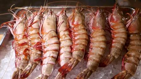 日本海鲜美食, 看看师傅是如何烹饪老虎虾的, 好大一个, 太馋人了
