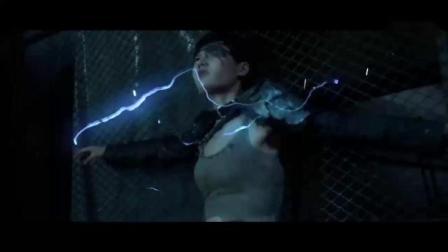 佣兵之战:不之身?小伙机智连通电网,一招制敌!