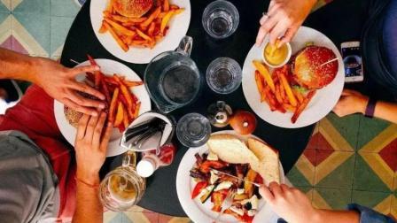 """晚餐决定体重与寿命, 牢记5个""""不要"""", 坚持下来你离长寿近一步"""