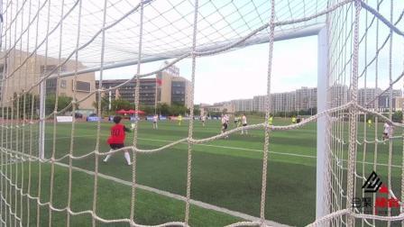 福建省校园足球联赛高中女子组决赛 双十中学上演天外飞仙