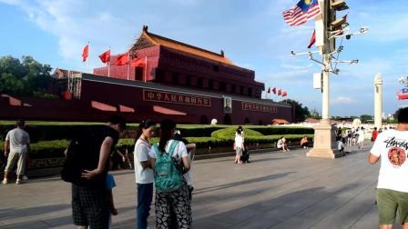 农村小伙第一次来到北京, 没想到这么繁华, 太宏伟了