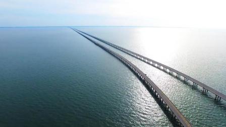 美国最恐怖的大桥, 老司机都毛骨悚然, 稍不注意就会掉进大海!