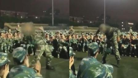 军训教官现场街舞表演 引学生连连尖叫