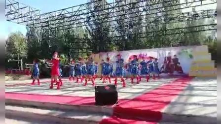 东北松原青松嗨起来舞蹈队单人阵列水兵舞-舞动东北原创舞蹈视频正式篇539