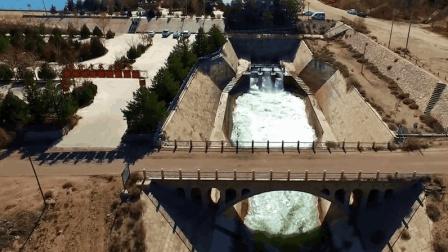 在沙漠里也能建水库, 建造了40年, 被誉为中华之最