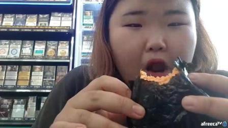 韩国胖胖外景吃播, 看看胖胖到底吃的什么, 这么