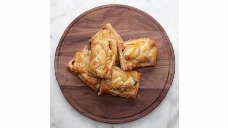 法式鸡蛋火腿奶酪面包教程中文翻译, 配一杯牛奶就是美味的早餐