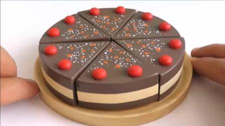 巧克力草莓蛋糕 小猪佩奇交我们制作美味的甜点