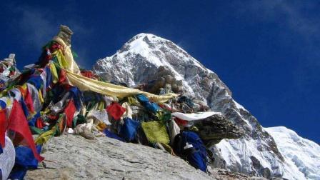 """喜马拉雅山""""千年古尸之谜"""", 游客吓得脸色发白"""