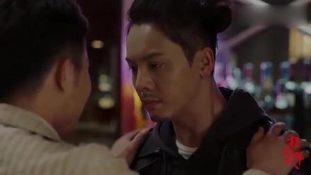 橙红年代: 聂万峰让刘子光去杀了警察, 杀了之后还过来安慰他
