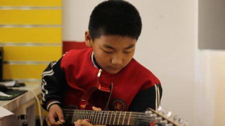 电吉他  - 路