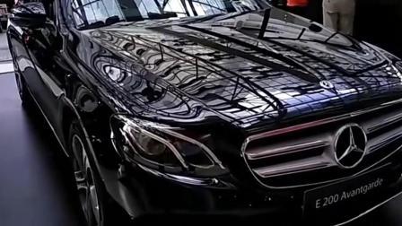 2018成都车展上市新车奔驰E级标轴 新能源市场迎春天