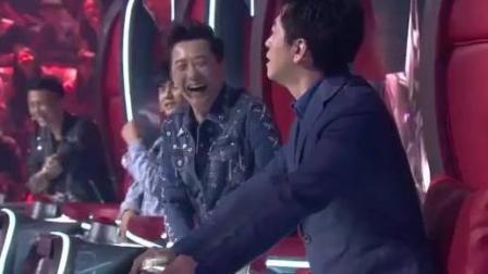《中国新歌声》段子手李健上线, 不亏是高材生四个人的身高一样的?