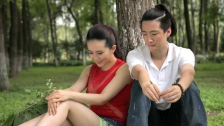 《屌丝男士》大鹏偷看情侣之间的秘密, 还说自己