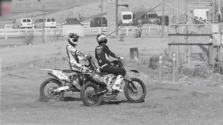 外国这三个牛人, 把摩托车玩到了极致