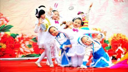 幼儿园舞蹈表演《小老鼠大眼睛》