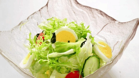 大鱼大肉吃多了, 来盘清新爽口的蔬菜沙拉, 健康营养又美味