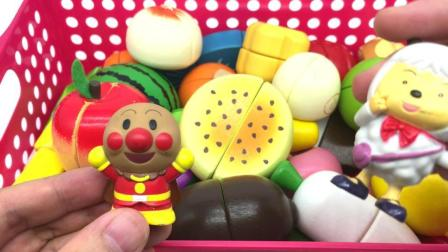 汤圆玩具屋切水果 面包超人切水果 喜羊羊水果切切看