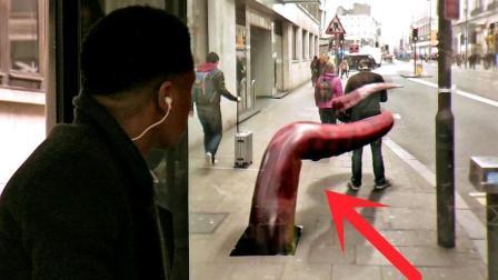 """看似普通的公交站台, 突然冒出""""巨型章鱼"""", 路人吓得魂飞魄散!"""