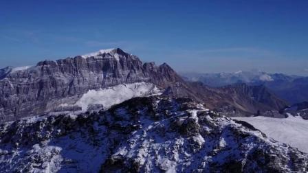 航拍雪山美景