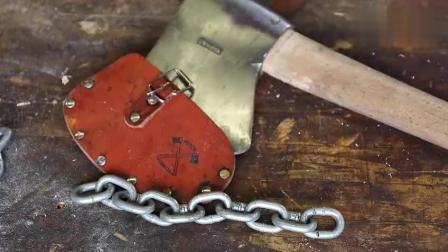 牛人用斧头劈铁链, 能否一劈为二?