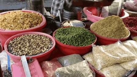 印度街头堪比薯片的特色大杂烩, 口感酥脆, 看完却一口都不敢吃!
