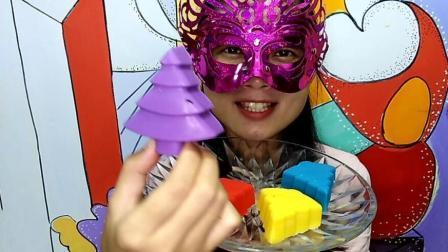 美食吃货: 面罩小姐姐吃彩色圣诞树空心巧克力 香香甜甜味道超棒