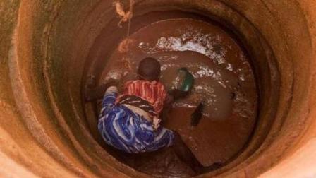 为什么非洲人民原意喝泥水也不愿打井, 宁愿饿死也不愿种地? 看完答案是真的服气
