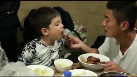 爸爸去哪儿, 嗯哼把爸爸碗里的肉给泡芙吃, 杜江你给我留点!