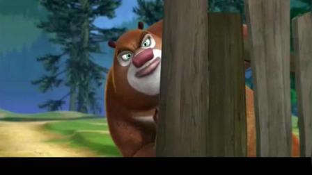 熊出没: 强哥的苹果靶子被熊吃了, 却自封神枪手