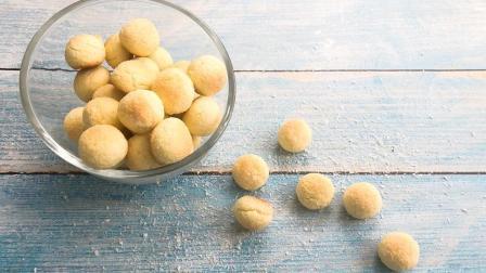 90后记忆中的甜品---黄金椰丝球
