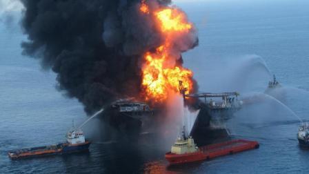 千里之外的爆炸巨响, 造成美国历史最严重漏油惨