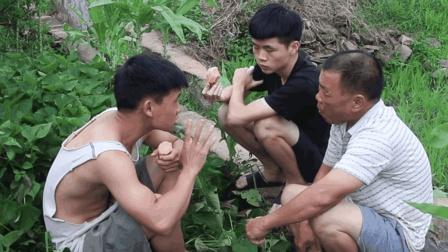客家话搞笑视频, 爸爸饿了在田里偷番薯吃, 儿子