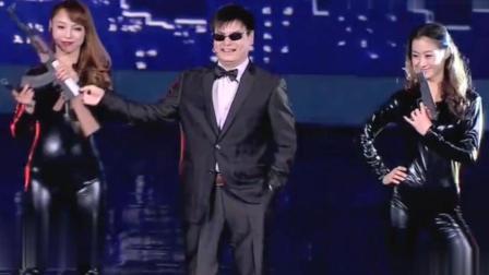 盲人程家家模仿赵本山, 周立波等众多艺人, 实在是太像了