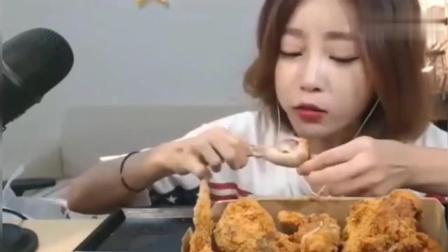 韩国大胃王Dorothy欧尼吃炸鸡, 没喝点啤酒啊
